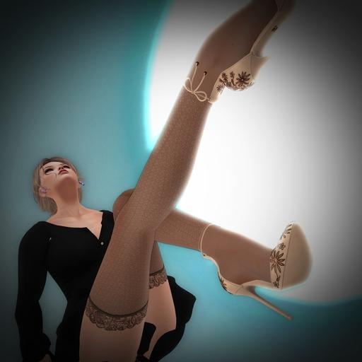 GIFT:きれいな脚は好き・・・